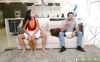 Insatiable mummy, Sofi Ryans got pummeled, by a youthful dude, while her hubby was eyeing TV